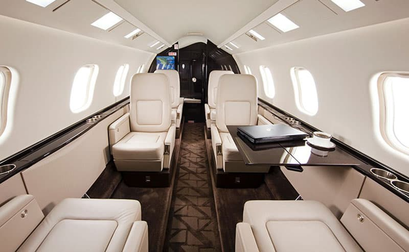 Learjet 60XR Interior