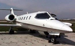 Learjet 35 Exterior